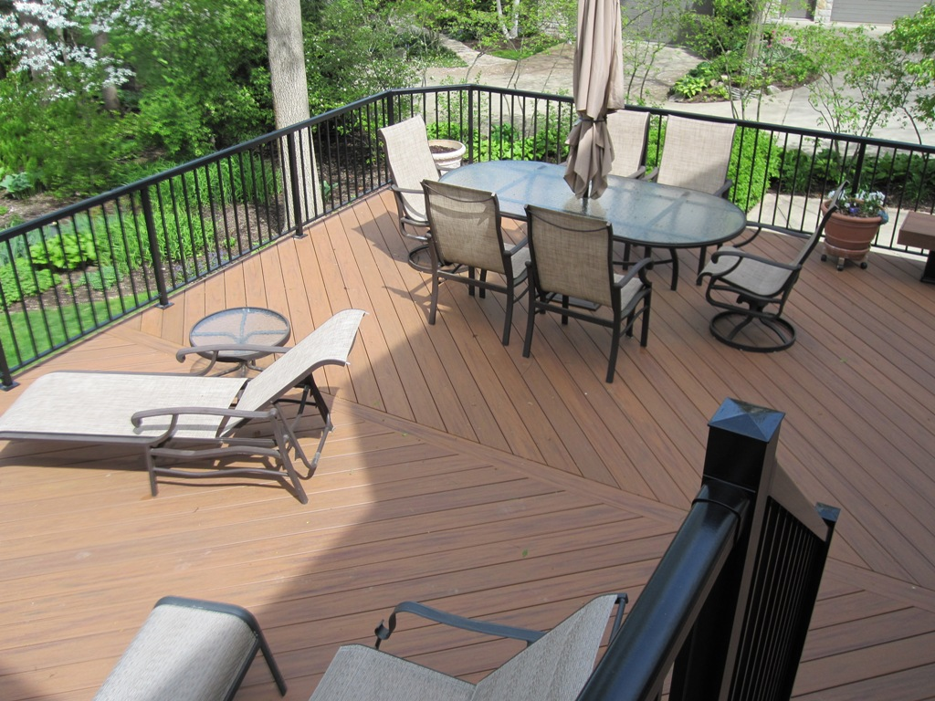 Wood plastic composites vs pvc decking columbus decks for Plastic composite decking