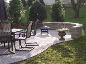 Hardscape patio and seating wall