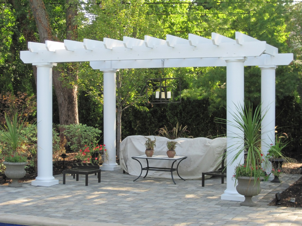 A perfect pair of pergolas for homeowners in columbus oh for Pergola designs