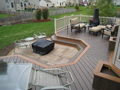 Double low to grade deck in Columbus OH with fire pit