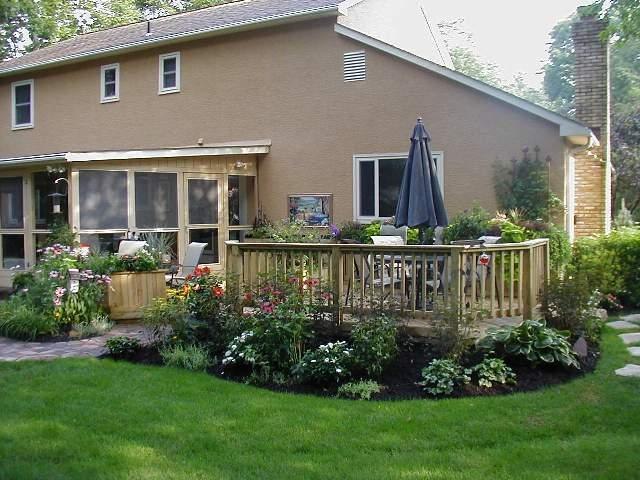 Images Of Landscaping Around Deck : Multi level decks and deck patio combinations mean levels of