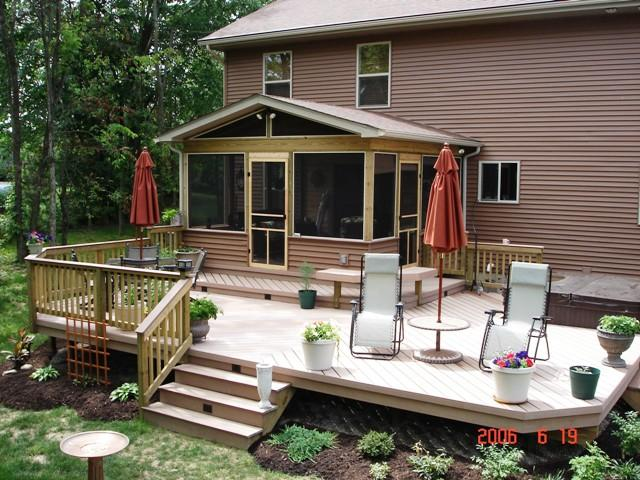 Timbertech low to grade Deck and Screen Porch in Columbus