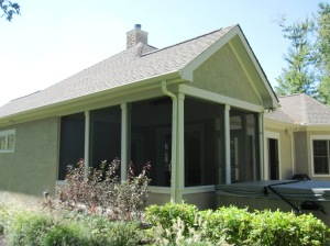 Columbus_screen_porch_wrapped_column_matching_kneewall_and_roof
