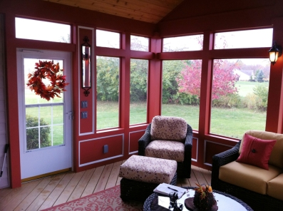 Interior of screened room in Powell, OH by Archadeck of Columbus