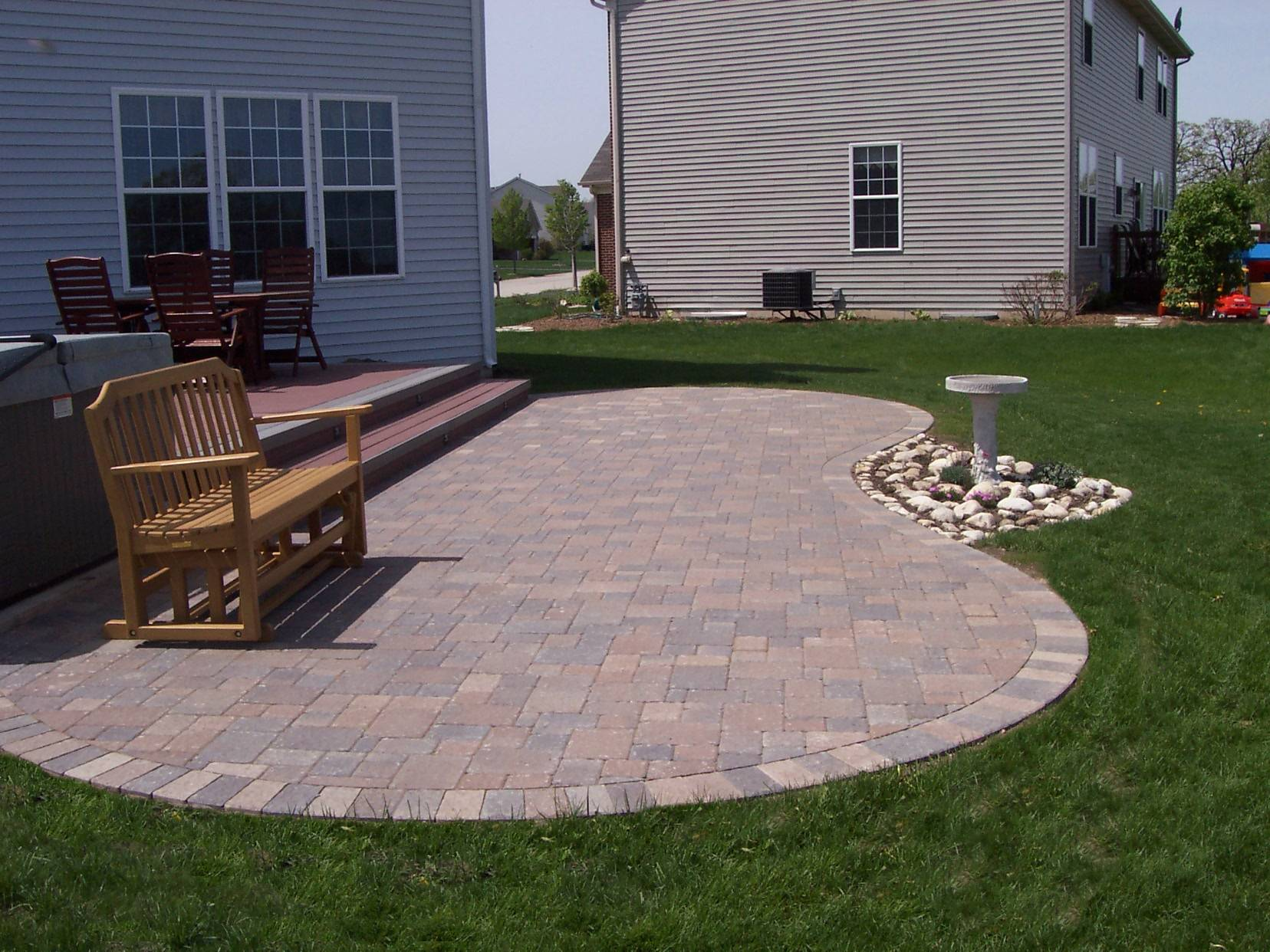 Curved Columbus Paver Patio