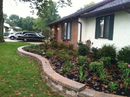curved hardscape retaining wall Columbus OH