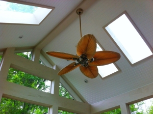 Delaware screened porch interior