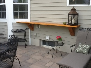 Paver patio in Dublin, OH with cedar ledge