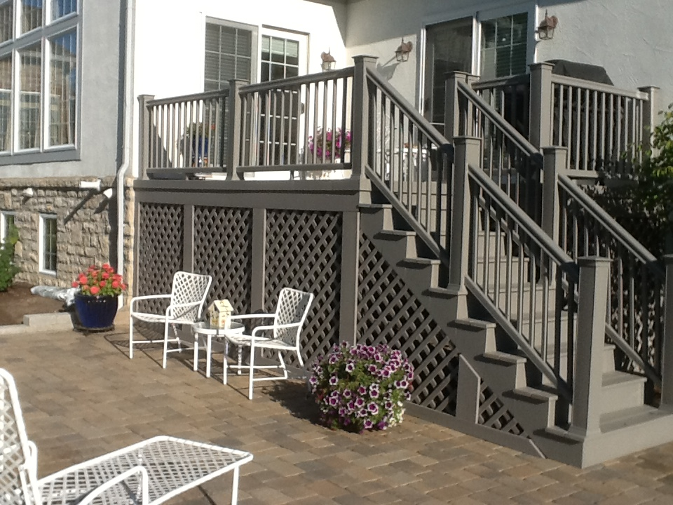 Timbertech river rock color deck columbus for Balcony colour combination