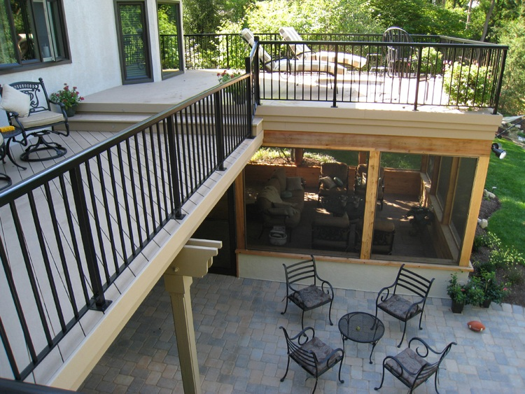 Columbus under deck screened porches columbus decks for 2nd floor balcony designs