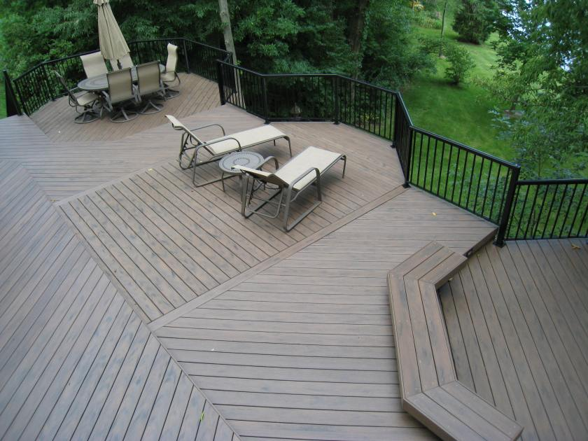 Timbertech Earthwood - Walnut with Black Aluminum Railings
