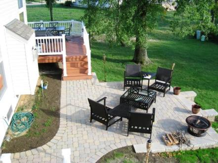Columbus Monarch Composite Deck with Paver Patio