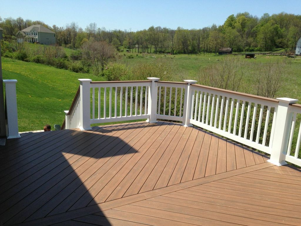 Columbus oh timbertech decks columbus decks porches and for Timber decking handrail