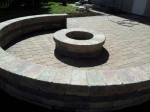 Columbus custom fire pit and retaining wall