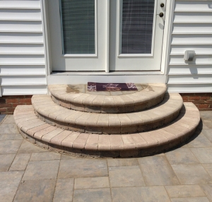 Beautiful rounded paver stairs Cols OH lr