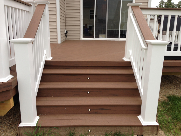 Marysville Columbus deck steps with lighting