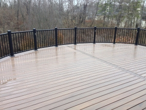 rounded Columbus deck with Aluminum rails lr