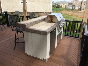 Outdoor kitchen bar on Columbus elevated TimberTech deck lr