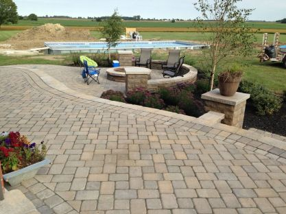 London OH outdoor fire pit builder