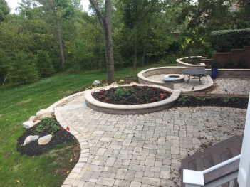Design Excellence Award Winning Columbus Hardscape